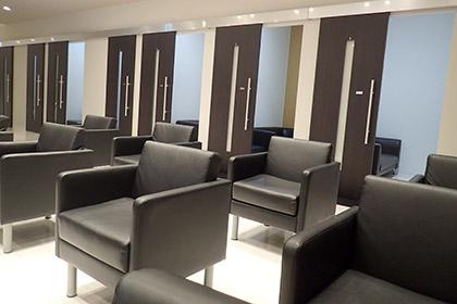 湘南美容外科クリニックの待合室の画像